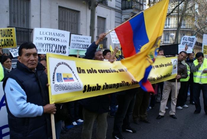 EFE: Ecuatorianos afectados por hipotecas en España tendrán apoyo psicológico